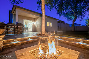 1492 N ROCHESTER Drive, Gilbert, AZ 85234