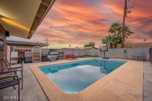 4013 N 48TH Drive, Phoenix, AZ 85031