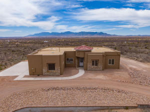 proudly presents this stunning new construction home.
