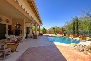 11744 E SAND HILLS Road, Scottsdale, AZ 85255