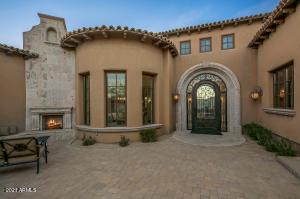 9964 E Aleka Way, Scottsdale, AZ 85262