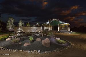 2295 BISON RANCH Trail, Overgaard, AZ 85933