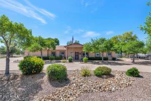 15427 E APPLEBY Road, Gilbert, AZ 85298