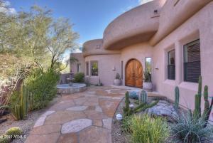 8300 E DIXILETA Drive, 304, Scottsdale, AZ 85266