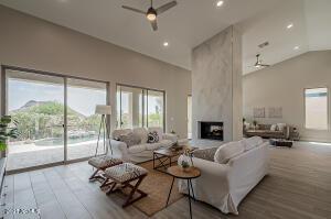 13759 E PARADISE Drive, Scottsdale, AZ 85259