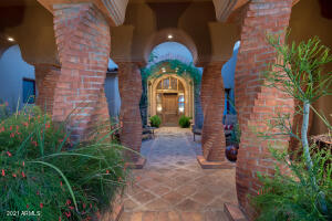 Beautiful Entry to this stunning custom home.