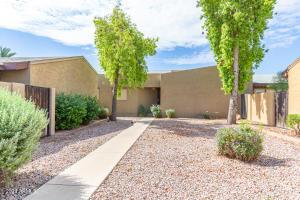1861 E KIRKLAND Lane, Tempe, AZ 85281