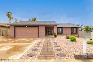 10221 W TURNEY Avenue, Phoenix, AZ 85037