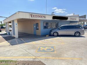 1925 W UNIVERSITY Drive, Mesa, AZ 85201