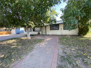 201 E PARK Avenue, Gilbert, AZ 85234