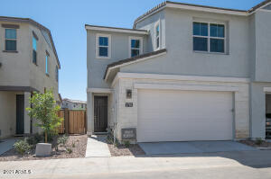 2782 S Comanche Drive S, Chandler, AZ 85286