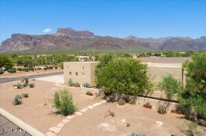 6619 E Quail Hideaway Lane, Apache Junction, AZ 85119