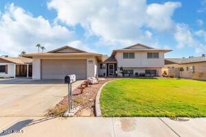 15613 N 57TH Drive, Glendale, AZ 85306