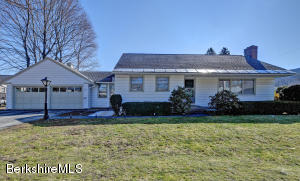 20 College Ave, North Adams, MA 01247