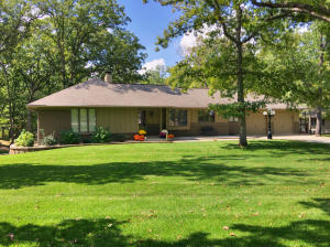 800 HOMESTEAD DR, MOBERLY, MO 65270