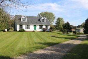 8360 Horn Road, Gambier, OH 43022