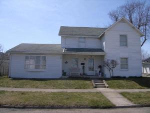 119 N High Street, Mount Sterling, OH 43143