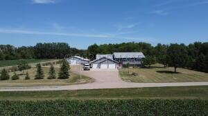 4856 COUNTY RD 81 S, Horace, ND 58047