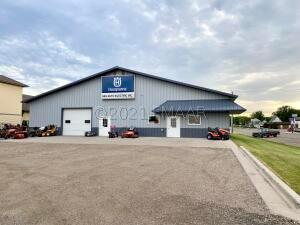 243 2ND Street NW, Valley City, ND 58072