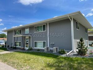 1205 12TH Avenue N, Moorhead, MN 56560