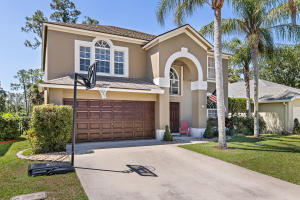 Property for sale at 15110 Oak Chase Court, Wellington,  Florida 33414