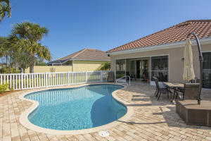 Property for sale at 5254 Eleuthra Circle, Vero Beach,  Florida 32967