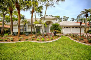 Property for sale at 761 Cypress Green Circle, Wellington,  Florida 33414