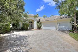 Property for sale at 820 Forest Glen Lane, Wellington,  Florida 33414