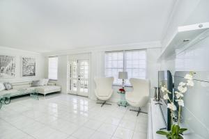 3475 S Ocean Boulevard, 1020, Palm Beach, FL 33480