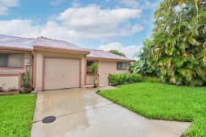 1 Farnworth Drive, Boynton Beach, FL 33426