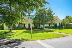 502 Gardenia Terrace, Delray Beach, FL 33444