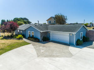 884 Mary Lane, McKinleyville, CA 95519