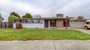 2425 Hillside Drive, Eureka, CA 95501