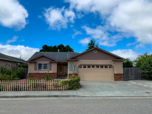 1824 Kelli Way, Fortuna, CA 95540