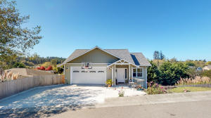 2260 Sunset Ridge Lane, McKinleyville, CA 95519