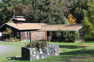 35 Roth Road, Willow Creek, CA 95573