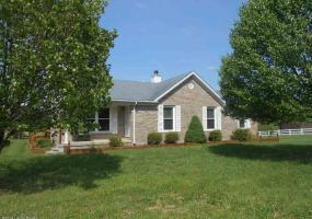 155 Karmandy Ln, Brandenburg, Kentucky 40108, 3 Bedrooms Bedrooms, 6 Rooms Rooms,2 BathroomsBathrooms,Residential,For Sale,Karmandy,1389367
