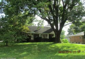 1018 Chesley Dr, Louisville, Kentucky 40219, 4 Bedrooms Bedrooms, 6 Rooms Rooms,2 BathroomsBathrooms,Residential,For Sale,Chesley,1400977