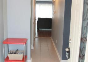 9325 Loch Lea Ln, Louisville, Kentucky 40291, 2 Bedrooms Bedrooms, 5 Rooms Rooms,3 BathroomsBathrooms,Residential,For Sale,Loch Lea,3,1403783