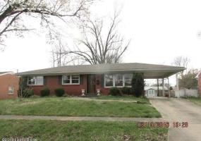 2610 Woodsdale Ave, Louisville, Kentucky 40220, 4 Bedrooms Bedrooms, 8 Rooms Rooms,3 BathroomsBathrooms,Residential,For Sale,Woodsdale,1442986