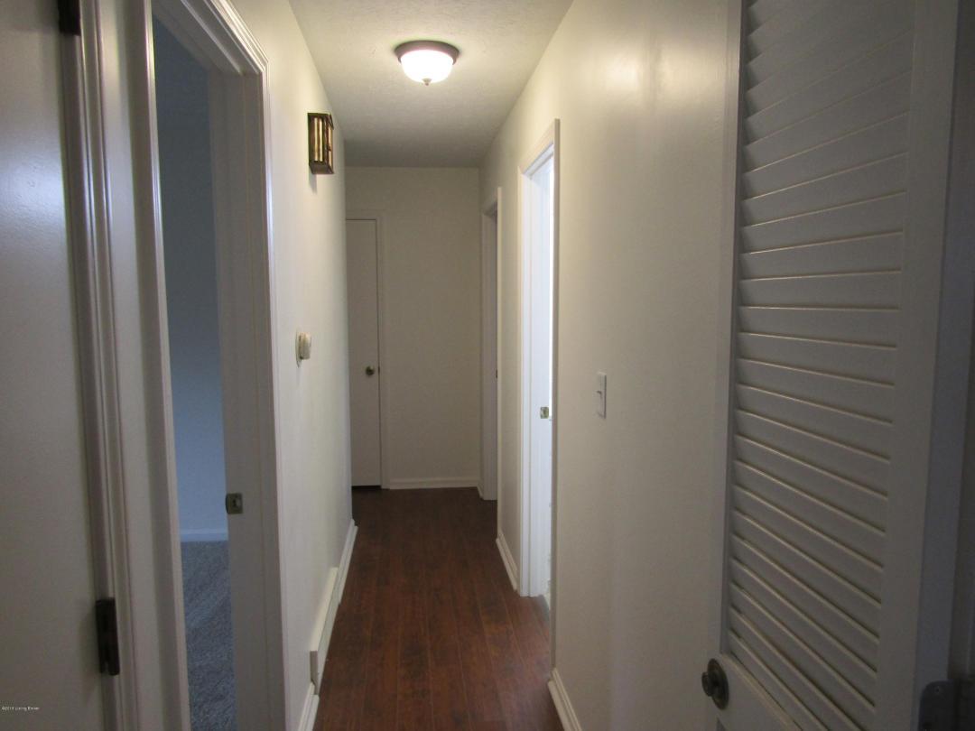 3302 Nora Ln, Louisville, Kentucky 40220, 3 Bedrooms Bedrooms, 7 Rooms Rooms,2 BathroomsBathrooms,Residential,For Sale,Nora,1518593