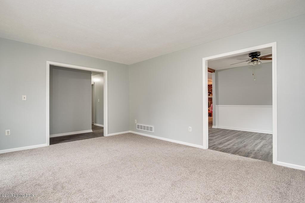 3300 Behr Ct, Louisville, Kentucky 40220, 3 Bedrooms Bedrooms, 8 Rooms Rooms,2 BathroomsBathrooms,Residential,For Sale,Behr,1519036