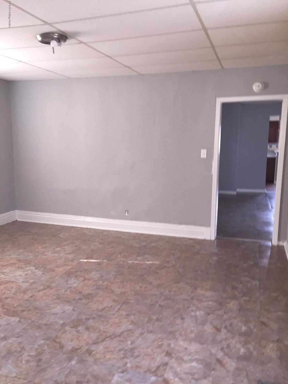 2126 7th Street Rd, Louisville, Kentucky 40208, 2 Bedrooms Bedrooms, 4 Rooms Rooms,1 BathroomBathrooms,Rental,For Rent,7th Street,1524562