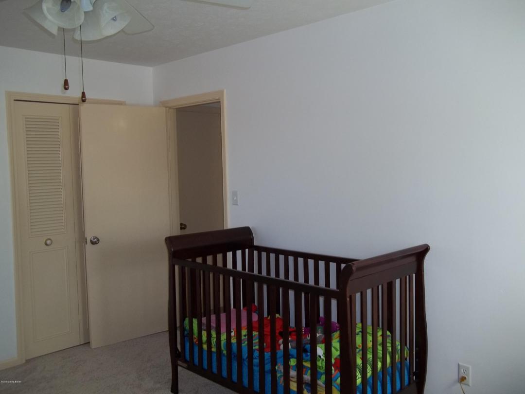3108 Cromarty Way, Louisville, Kentucky 40220, 4 Bedrooms Bedrooms, 10 Rooms Rooms,2 BathroomsBathrooms,Residential,For Sale,Cromarty,1526408