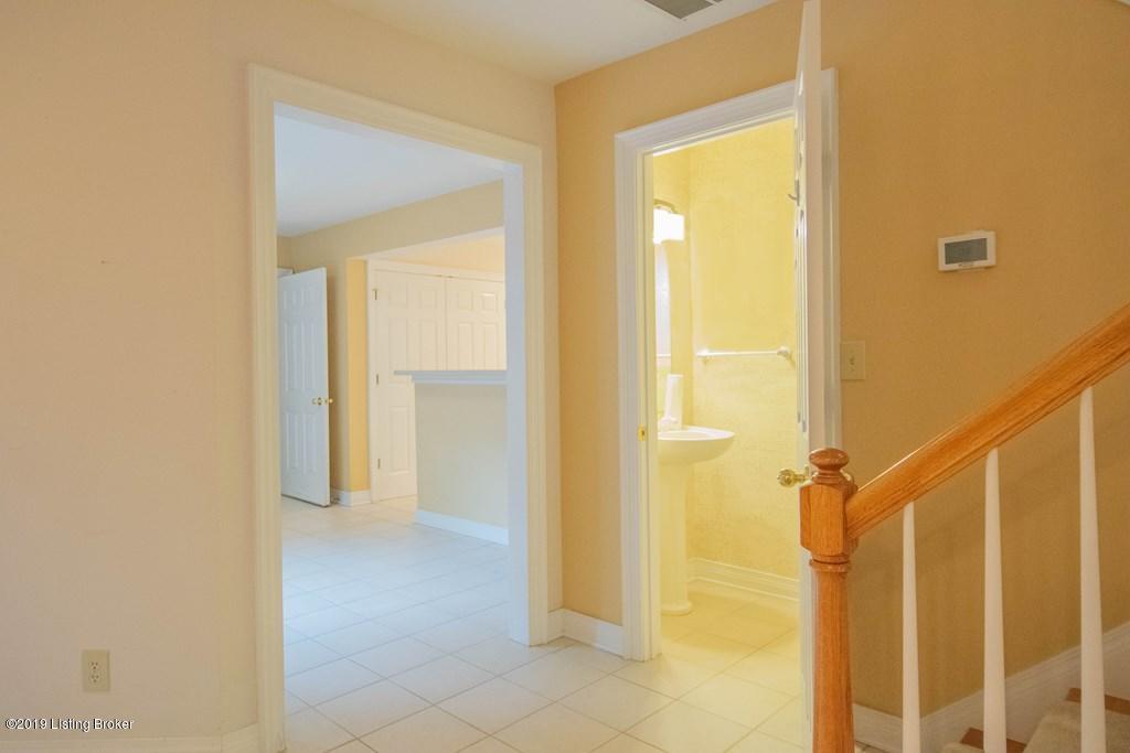 5912 Marina View Ct, Prospect, Kentucky 40059, 3 Bedrooms Bedrooms, 7 Rooms Rooms,3 BathroomsBathrooms,Residential,For Sale,Marina View,1534673