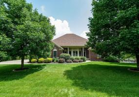 3911 Clarke Pointe Ct, Crestwood, Kentucky 40014, 3 Bedrooms Bedrooms, 11 Rooms Rooms,3 BathroomsBathrooms,Residential,For Sale,Clarke Pointe,1535538