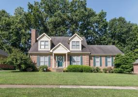 1500 Autumn Ridge Rd, Louisville, Kentucky 40242, 3 Bedrooms Bedrooms, 7 Rooms Rooms,3 BathroomsBathrooms,Residential,For Sale,Autumn Ridge,1537090