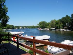 Property for sale at W352N5312 Lake Dr, Oconomowoc,  WI 53066