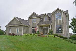 Property for sale at W385N6550 N Woodlake Cir, Oconomowoc,  WI 53066