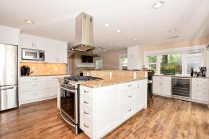 Property for sale at W336N6455 Lakeview Ln, Oconomowoc,  WI 53066